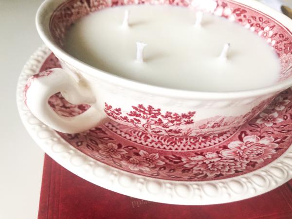 Lumânare parfumată în porțelan Villeroy&Boch Rusticana.